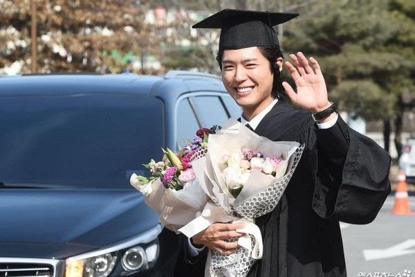 tradisi-kelulusan-korea